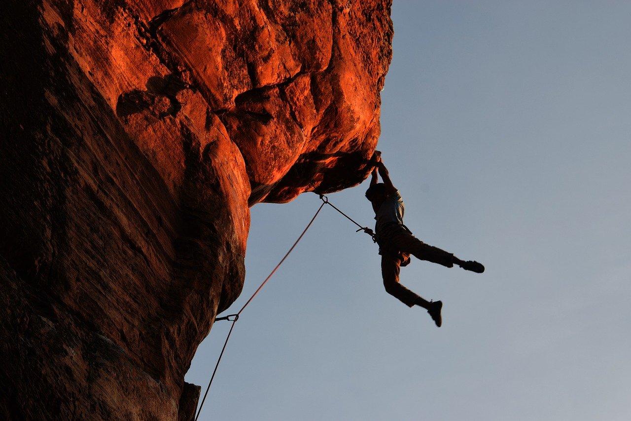 En bergsklättrare